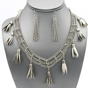 BOHO Chain and Feather Necklace Set
